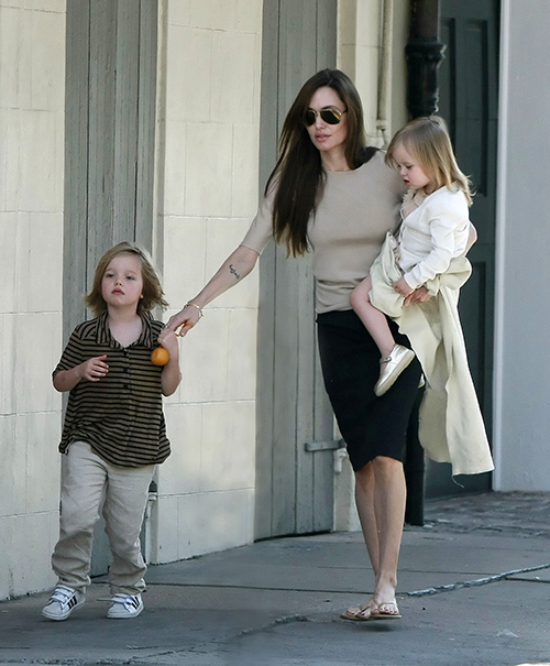 Angelina Jolie Removes Romantic Brad Pitt Tattoos: Actress Erases Painful Memories, Moves Forward With Divorce
